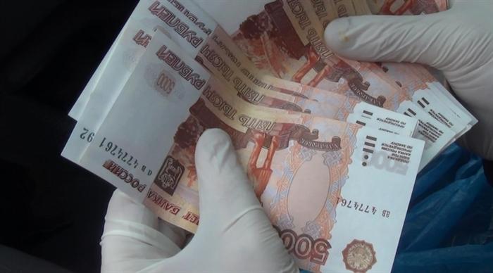 Фальшивомонетчик изУльяновска расплачивался поддельными купюрами внескольких городах ПФО