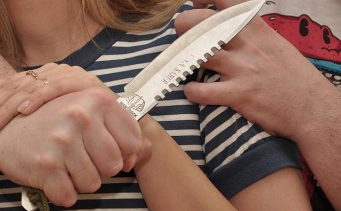 Ножом вспину. Супружеский скандал завершился кровавой драмой