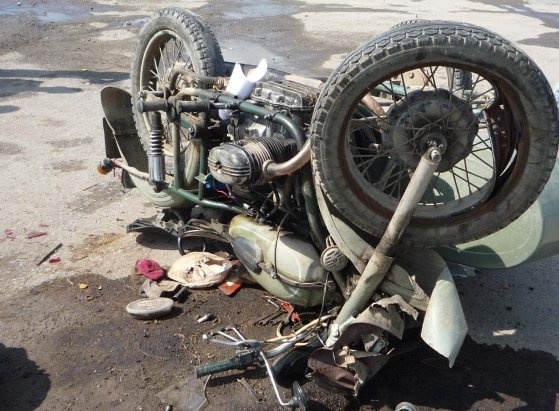 Мотоциклист без прав умер вДТП вПавловском районе