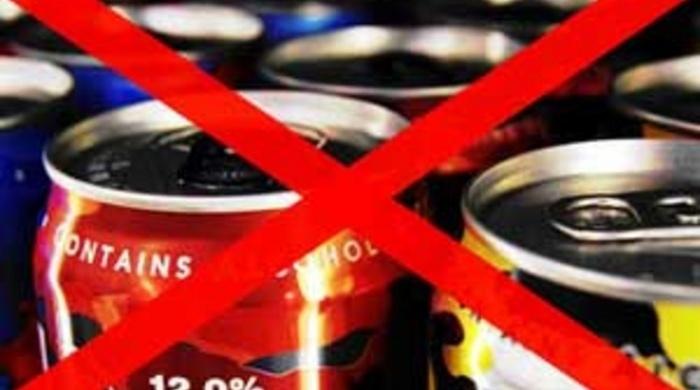 В Российской Федерации могут запретить реализацию алкоэнергетиков