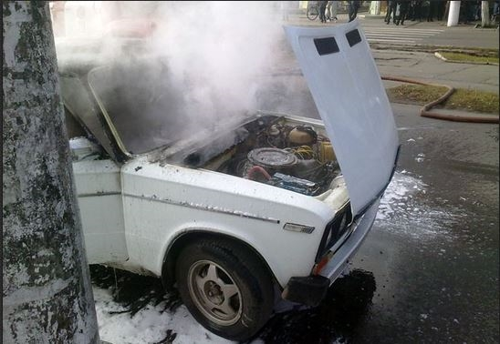 ВУльяновске напроспекте Гая зажегся ВАЗ