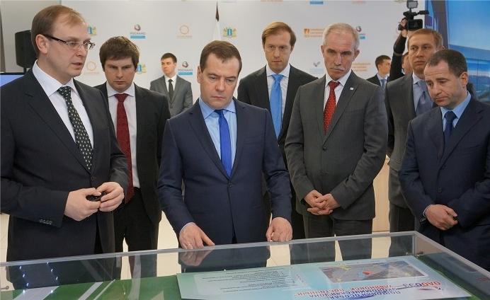 Медведев обсудит вУльяновске меры господдержки авиапрома