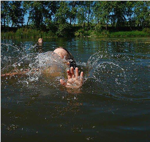 ВУльяновской области вводоеме утонула 13-летняя школьница