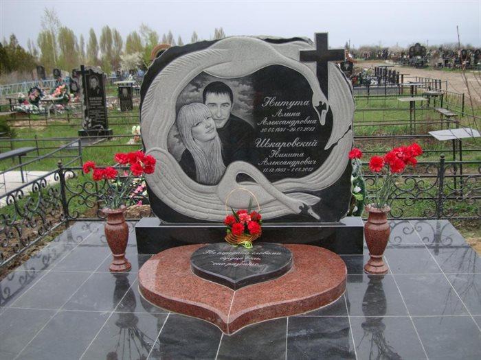 Установка надгробных памятников к дню победы цена на памятники брянска цены цена  без посредников