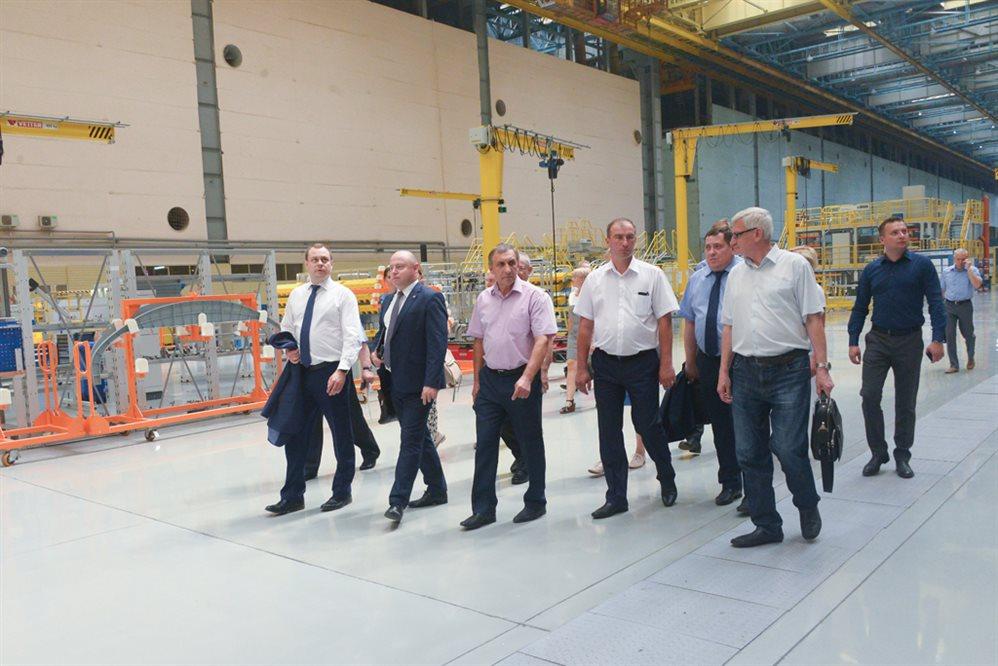 Два ульяновских авиастроительных завода станут партнерами «Композитной долины» вТульской области