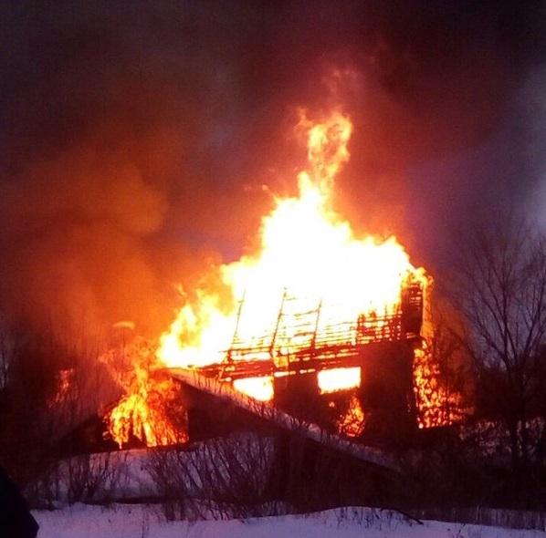 Первопричиной пожара назаброшенной мельнице мог стать поджог