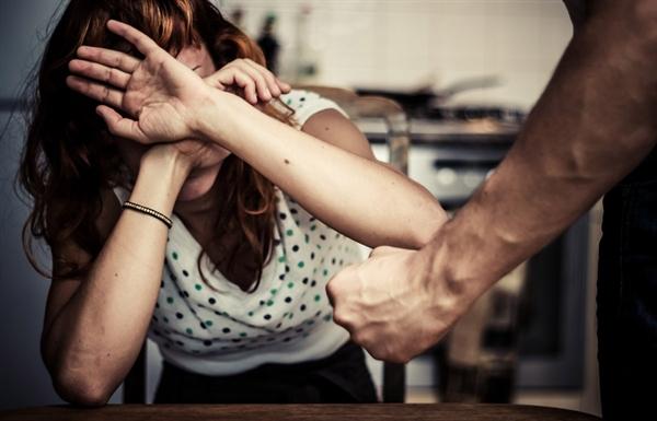 Ульяновец переломал женщине ребра ипопал на6 лет вколонию