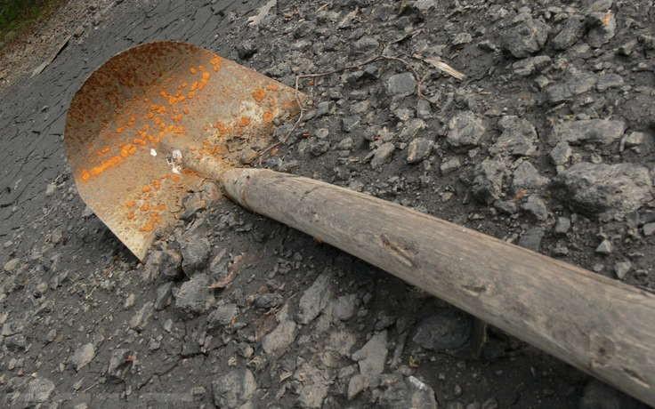 Отправится вколонию жительница Николаевского района, которая хотела уничтожить дочь штыковой лопатой