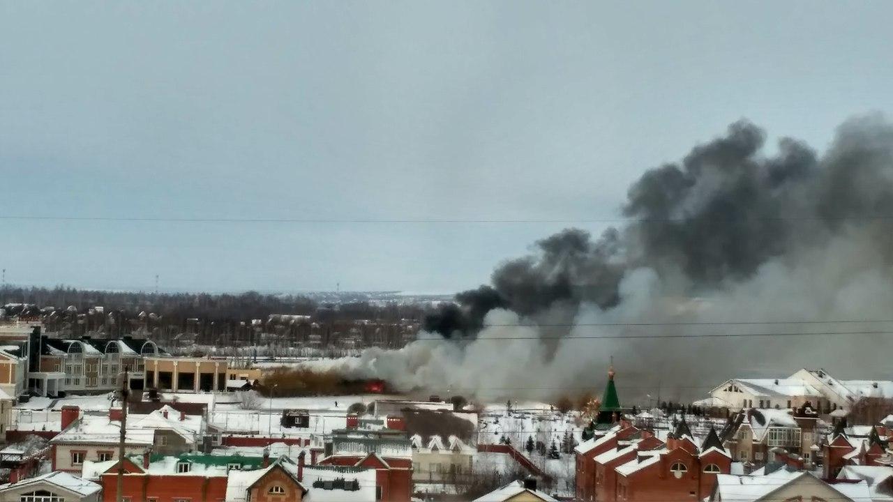Натерритории Александровского парка загорелось кафе