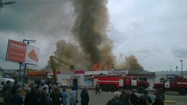 Пожар вИнзе: сгорели магазины ицерковная лавка