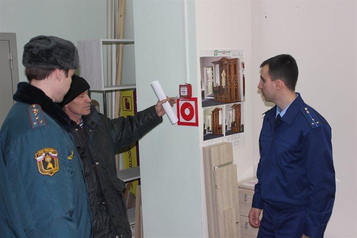 МЧС обнаружило нарушения пожарной безопасности в 70 процентов торговых центров Ульяновской области