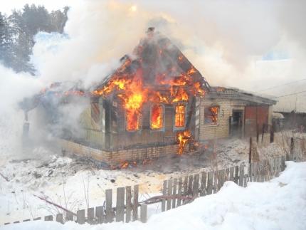 Мужчина умер вгорящем жилом доме вНовоспасском