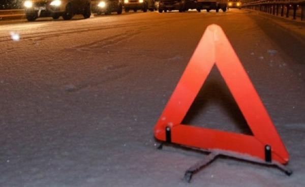 Втройном ДТП наулице Аблукова пострадал мужчина