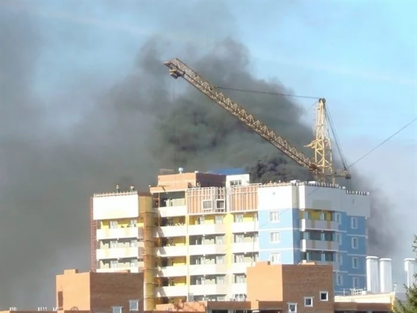 Наулице Карбышева вУльяновске зажегся строящийся дом