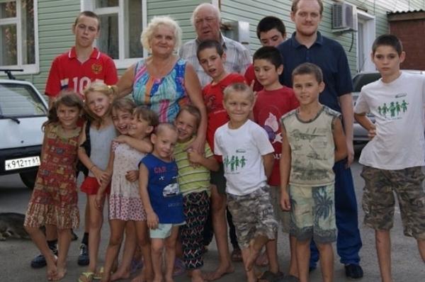 Вмногодетной семье вРостовской области появился 76 ребенок
